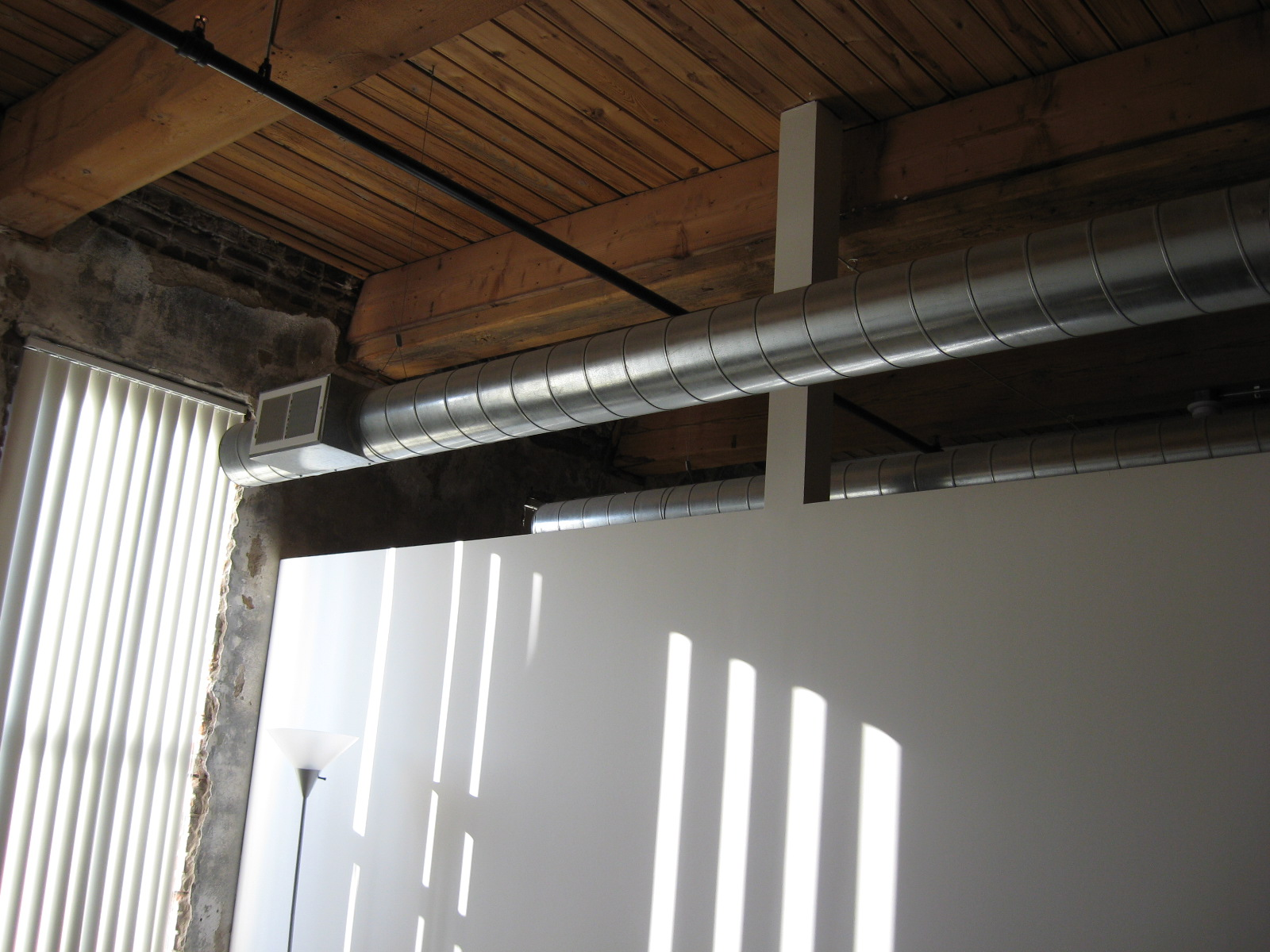 Ceiling with Exposed Duct Work 1600 x 1200